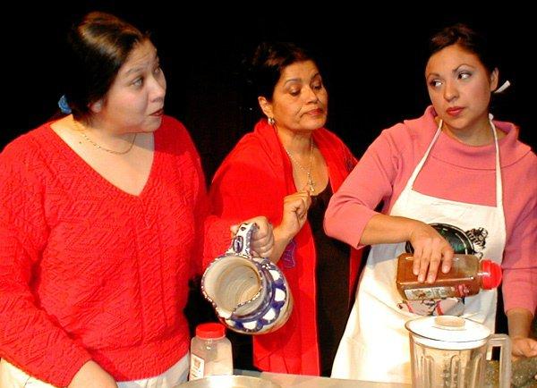 Las Nuevas Tamaleras - Angela Maez, Yolanda Ortega, Laura Chavez Slack.