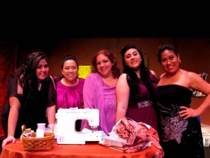 """Su Teatro presenta """"Real Women Have Curves"""""""