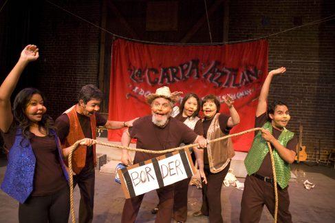 """Su Teatro presenta """"La Carpa Aztlan"""""""